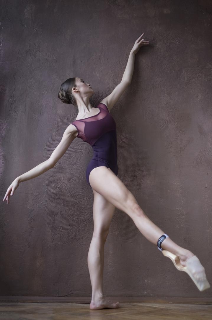 David Campos Choreographer Barcelona Ballet Foot Stretch